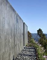 Concrete-mixed-element-Two-Roads-House 35